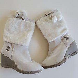 U.S. Polo Assn boots size 9